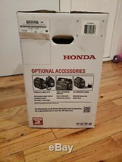 Honda Eu2200i 2200W Gas Powered Portable Inverter Generator