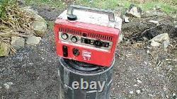 Honda e300 generator vintage generator in OK condition. Runs for a while. RARE