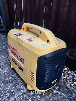 Kipor 2000 Inverter Suitcase Generator with Caravan Adapter