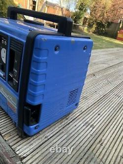 Yamaha EF1000 Japan 240V / 12V Portable Suitcase Generator